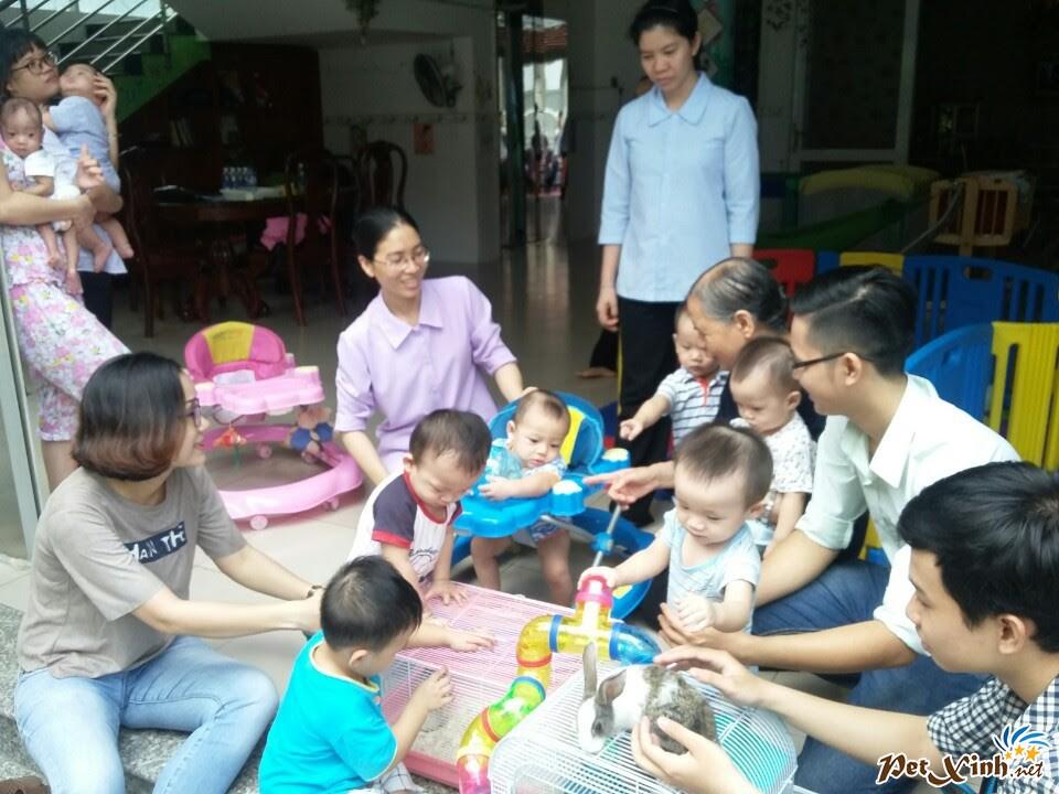 PetXinh.net đi thăm và tặng quà cho trẻ em mồ côi 7